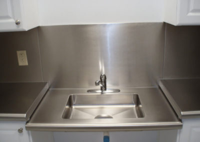 ADA S. Steel Top w/ integral sink