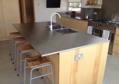 "1"" Stainless Steel Top"