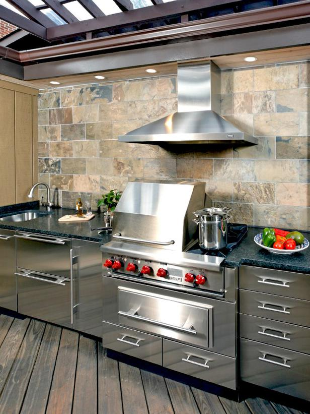 Stainless Steel Outdoor Kitchen 1